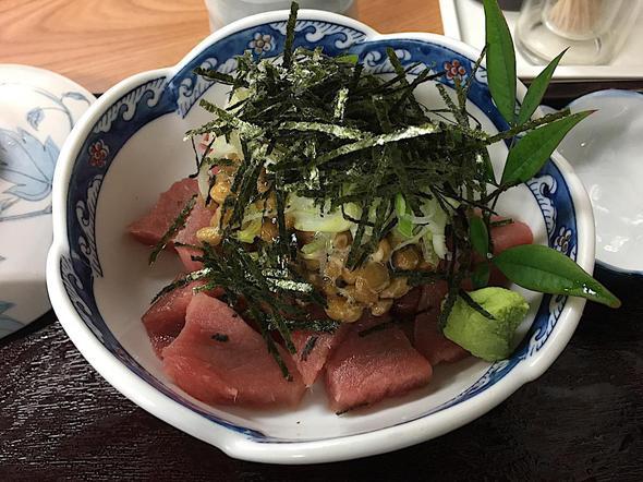永田ドライブイン/マグロ納豆定食