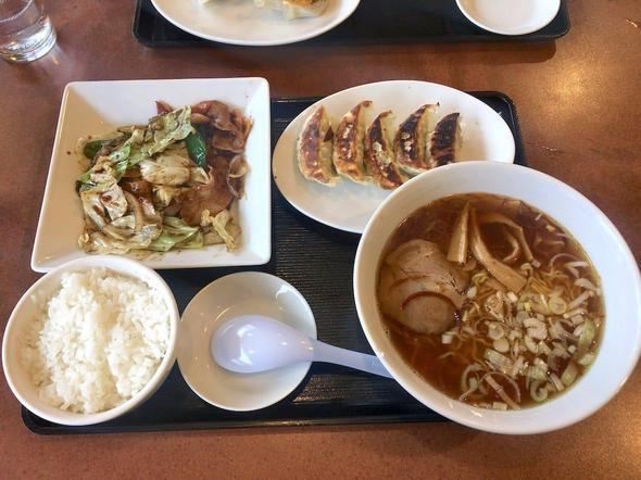 中華厨房 ゆうえん 二十世紀ヶ丘店/回鍋肉セット + 餃子