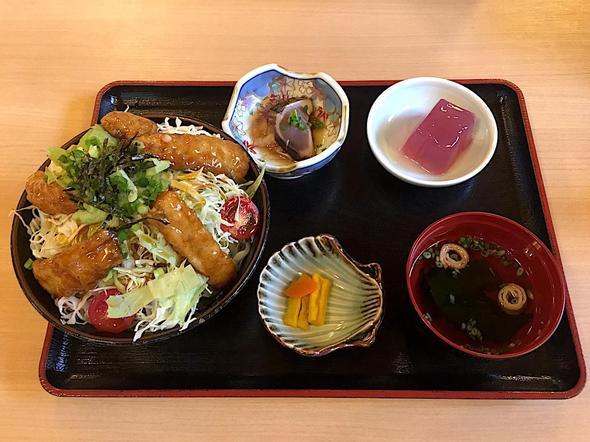 津島やすらぎの里 レストラン/たちから丼