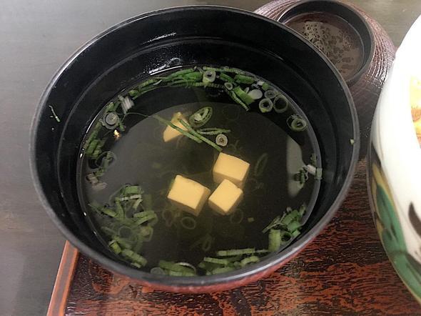 季節料理 魚吉/うに丼 一枚盛りのお吸い物