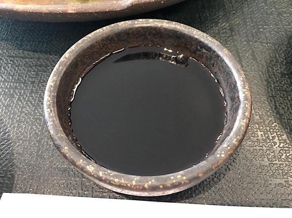 道の駅 キラメッセ室戸 食遊 鯨の郷/鯨の刺身定食の醤油