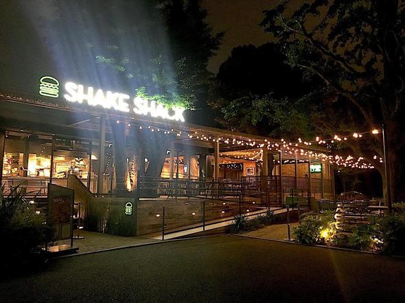 シェイクシャック/SHAKE SHACK 外苑いちょう並木店