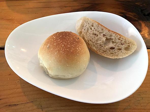 イタリアン・ダイニング・マルメロ/ITALIAN DINNING MARMELO/パン
