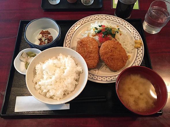 V.DUCK/青山ブイダック/野菜コロッケ定食
