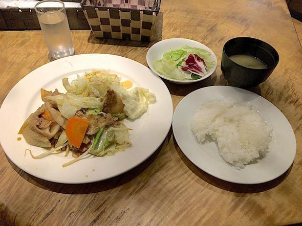 Liveレストラン 青山/Live Restaurant Aoyama/肉野菜炒め