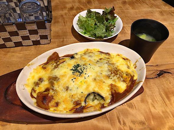 Liveレストラン 青山/Live Restaurant Aoyama/焼カレー