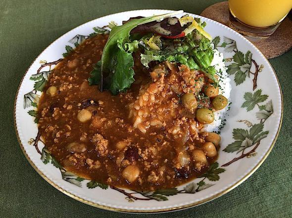 カフェ・イルバ/Cafe Ylva/トマトと豆のカレーライス