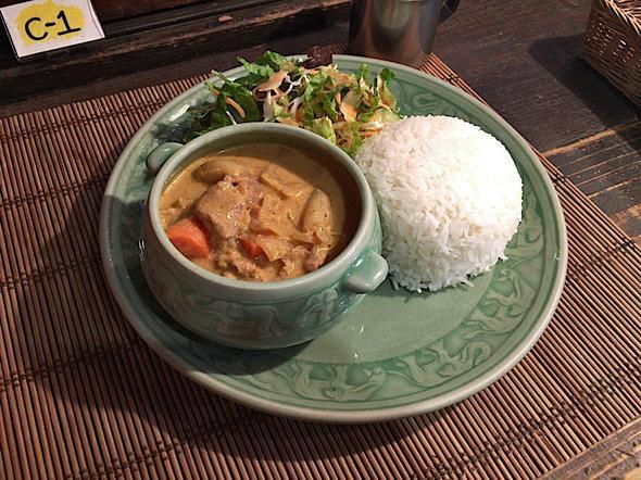 アジアンキッチン ラーイ・マーイ/Asian Kitchen LaiMai/マッサマンカレー