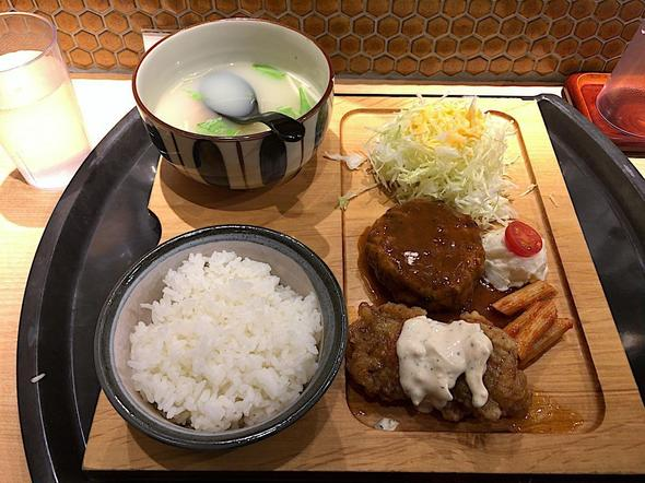 鶏だしおでん かしみん 青山一丁目店/炭焼鶏ハンバーグとチキン南蛮