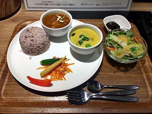スリランカ料理/鍋 香辛/香辛スリランカダブルカレー(サラダ、デザート付き)