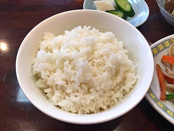 食彩 高らん亭/肉野菜炒め定食のご飯