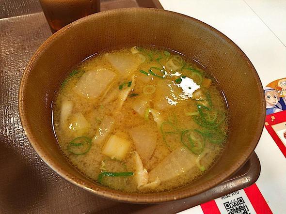 すき家 新川永代橋店/とろ〜り3種のチーズ牛丼 + カレー豚汁・サラダセット