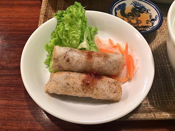 ベトナム料理レストラン ベトナムちゃん/日替わりAセットの揚げ春巻き