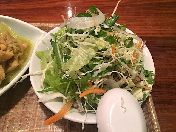 ベトナム料理レストラン ベトナムちゃん/日替わりAセットのサラダ