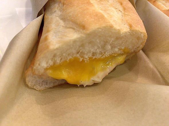 ドトールコーヒーショップ/DOUTOR COFFEE 築地聖路加通り店/ホットサンド ツナチェダーチーズ