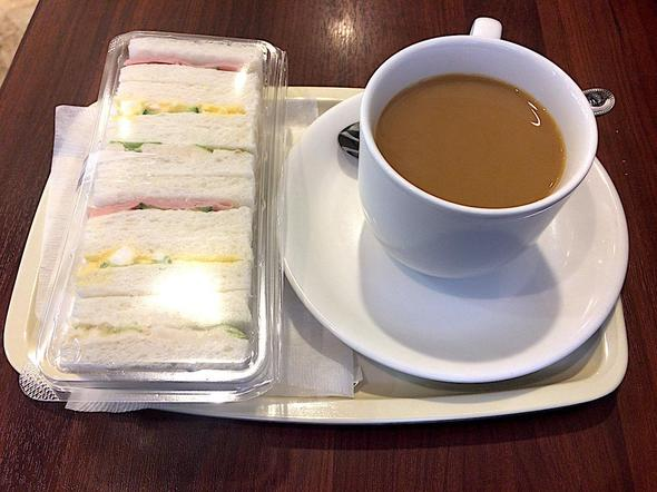 ひとくちミックスサンド + アメリカンコーヒー/ドトールコーヒーショップ/DOUTOR COFFEE 築地聖路加通り店