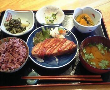 自然食菜ショップ&レストラン Lifely/ライフリー/ミートローフ(日替りランチ)