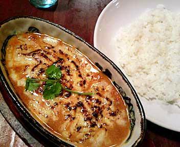 アジア型カリー専門店 YAMITUKI Curry 高田馬場店/合挽き肉と完熟トマトのチーズカリー