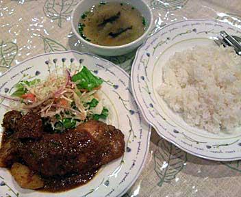 ミャンマー料理 ミンガラバー/チキンカレー