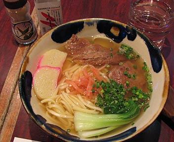 沖縄料理 ハイビー/ソーキそば