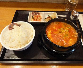 韓国家庭料理 故郷駅/コヒャンエキ/スン豆腐チゲ