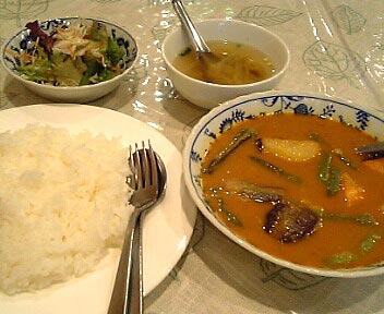 ミャンマー料理 ミンガラバー/ひよこ豆と野菜のカレー
