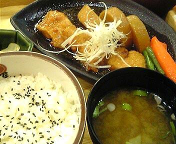 大戸屋 ごはん処 高田馬場さかえ通り店/メカジキの揚げ煮定食